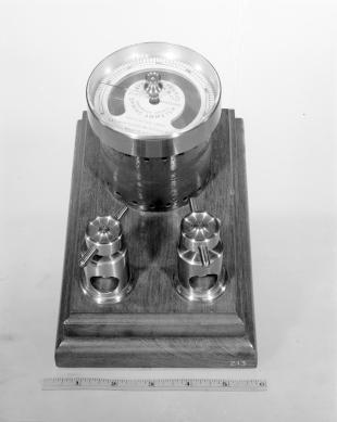 Ayrton & Perry's direct reading spring ammeter
