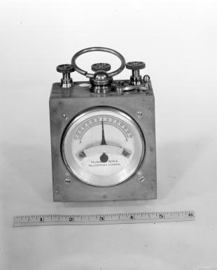 tester galvanometer with moving magnet