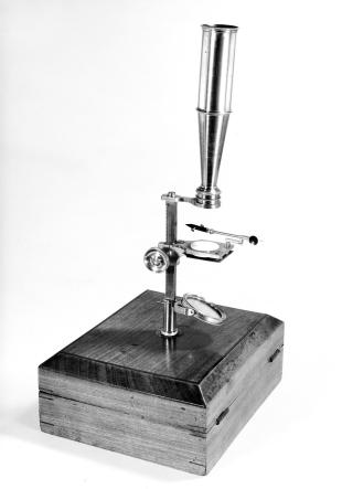 Cary-type compound microscope