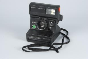 Polariod  instant camera, 3000
