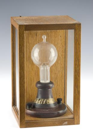commemorative Edison incandescent lamp