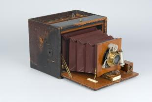 folding camera, Kodak model No. 5