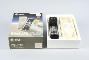 AT&T Elite 305 streamlined memory phone