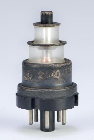 "planar triode or ""lighthouse"" tube"
