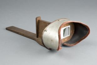 Holmes-type stereoscope