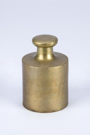 1-kg cylindrical weight