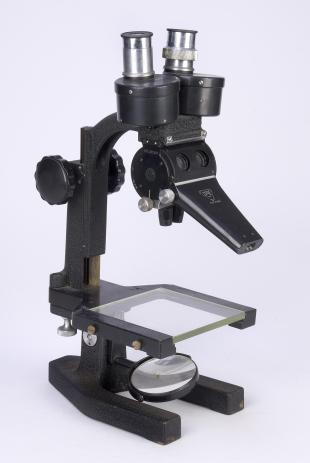 B&L BKW wide field Greenough-type stereoscopic compound microscope