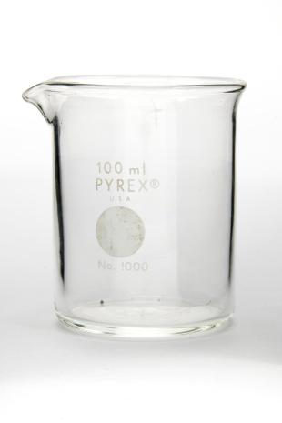 Pyrex beaker 100 mL