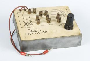 audio oscillator teaching model