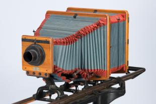 camera for photomicrographic work