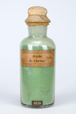 "stoppered glass bottle of ""Oxide de Chrôme"""