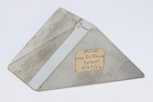 2.5 x 2.5 inches right angle prism