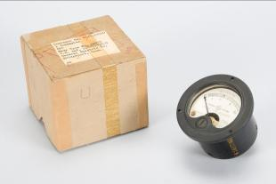 A.C. voltmeter, 0-10, US Navy type