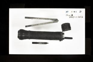 Baradelle-type etui of silver drawing instruments