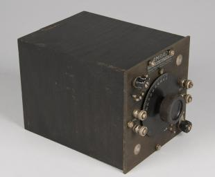 AMRAD type D-1 medium wave coupler