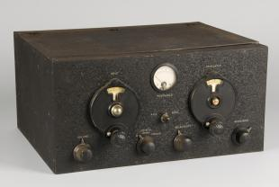 custom built single-signal radio receiver