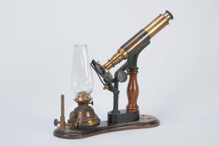 Queen Holmes's demonstration compound microscope