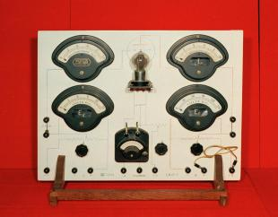radio tube demonstration panel